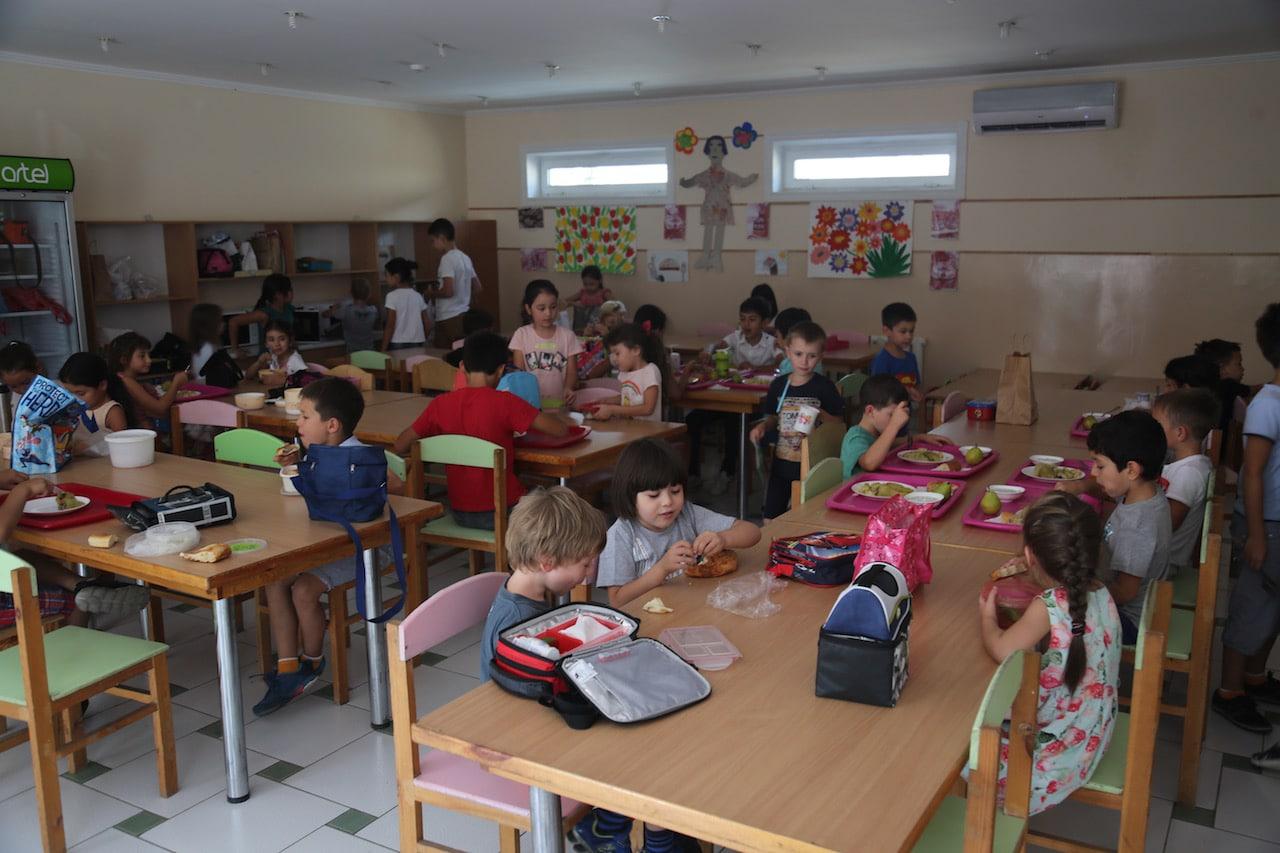 французскaя школa узбекистана столовая